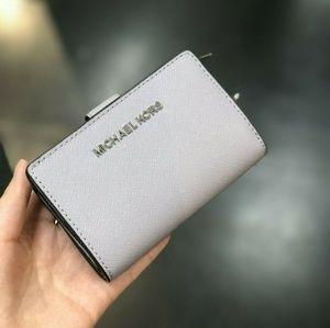 Michael Kors Jet Set Leather Bifold Wallet Lilac
